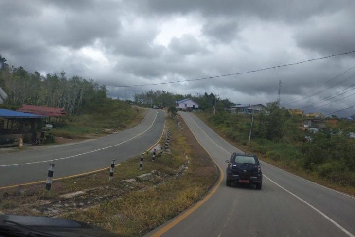 Lasarus: Pembangunan perbatasan RI-Malaysia di Kalbar lebih dari Rp1 triliun