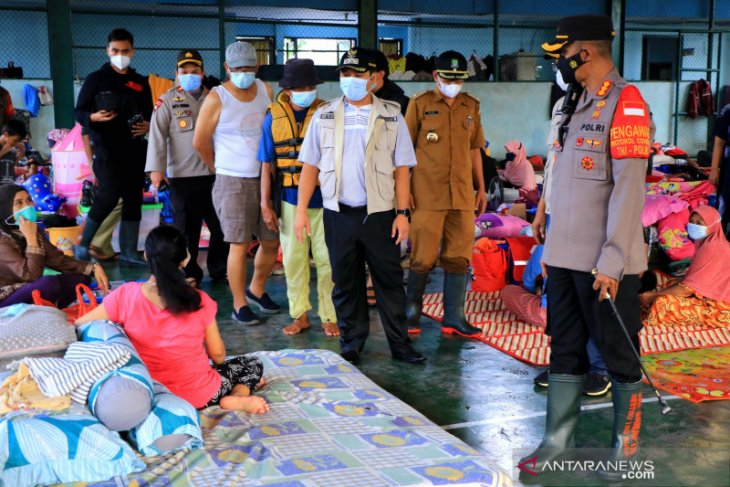 Pemkot Tangerang pakai gedung sekolah untuk lokasi pengungsian