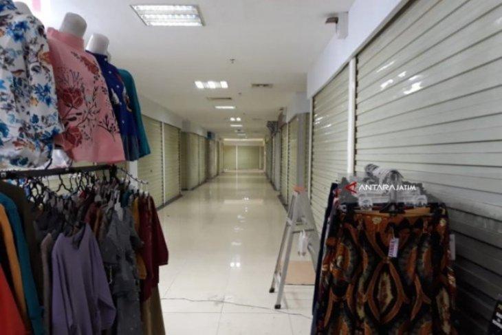 Ratusan kios di Pasar Caruban Baru Madiun tutup akibat pandemi