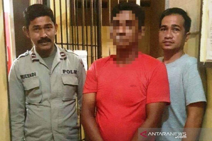 Aniaya teman isteri pakai cangkul, Warga Meulaboh ditangkap polisi
