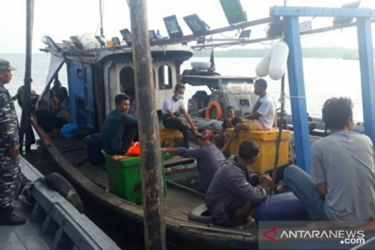 Lanal TBA gagalkan upaya pengiriman TKI ilegal ke Malaysia