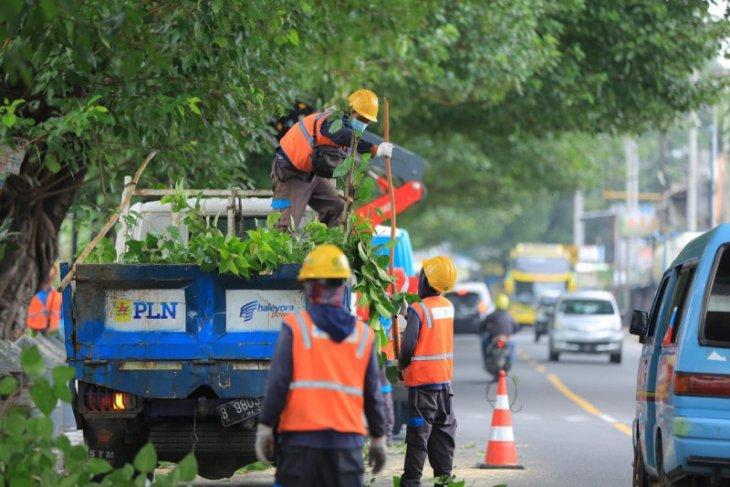 PLN Jatim siagakan 1.338 personel jaga keandalan listrik selama Lebaran