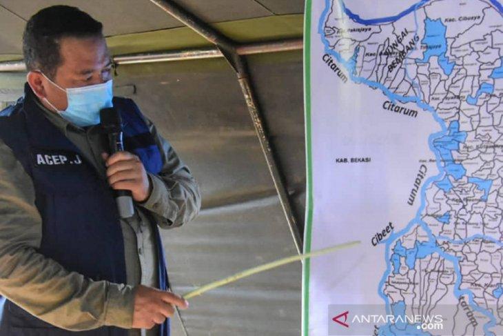 Banjir makin meluas hingga merendam 34 desa di Karawang
