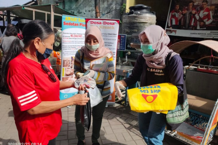 Nol Sampah : Kota Surabaya butuh perwali pembatasan plastik sekali pakai
