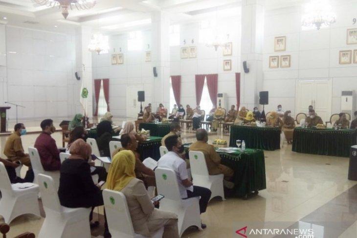 Gubernur Isran Noor lantik kepala daerah secara bertahap