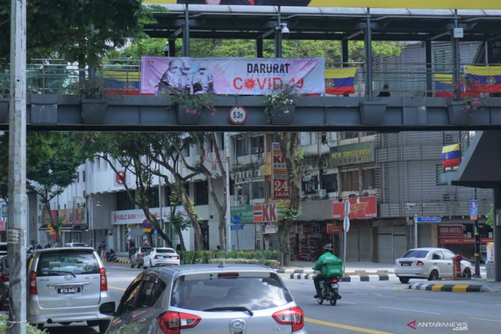 Berita dunia: Kasus harian COVID-19 di Malaysia menurun