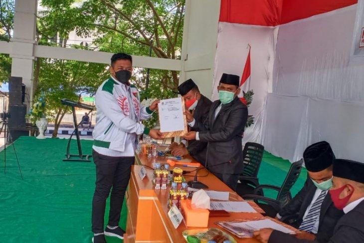 KPU Pulau Taliabu tetapkan Aliong Mus - Ramli sebagai Bupat dan Wabup terpilih