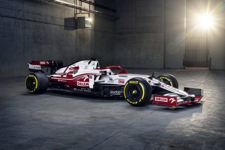 Jelang F1 2021, tim Alfa Romeo luncurkan mobil baru