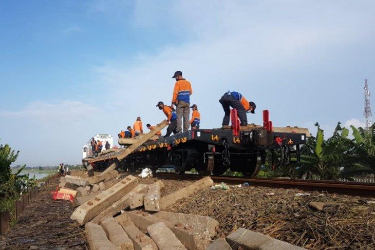 PT KAI  Daop Madiun beri waktu 30 hari pembatalan tiket akibat banjir