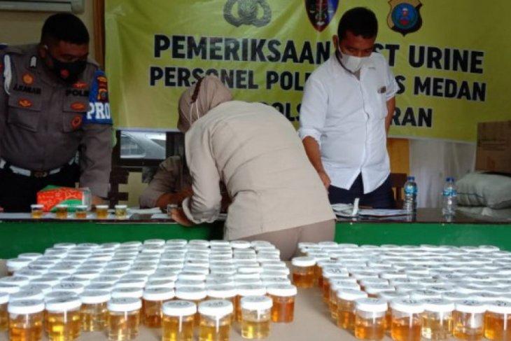 Ratusan personel Polrestabes Medan  jalani tes urine