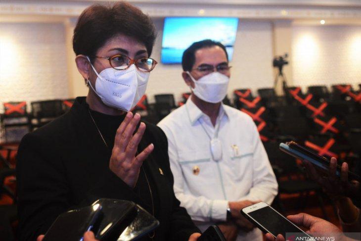 Mercy Barends   Ambon harus jadi kota terkemuka di Indonesia Timur