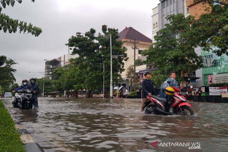 Hujan lebat,   Semarang banjir