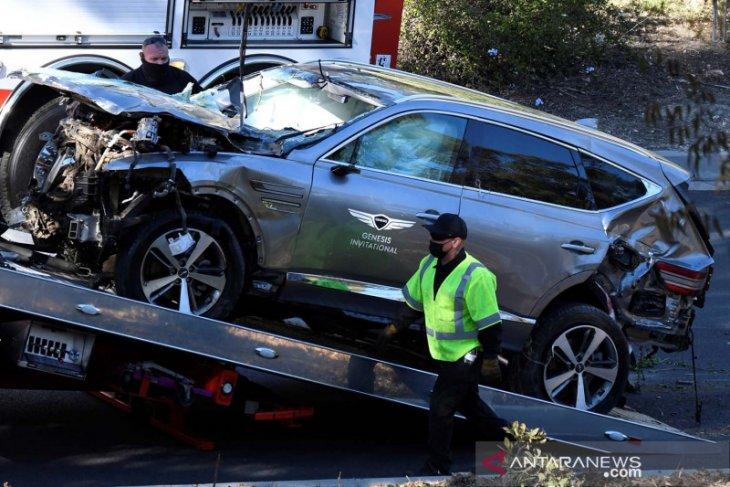 Tiger Woods pulihkan diri usai jalani operasi akibat kecelakaan mobil