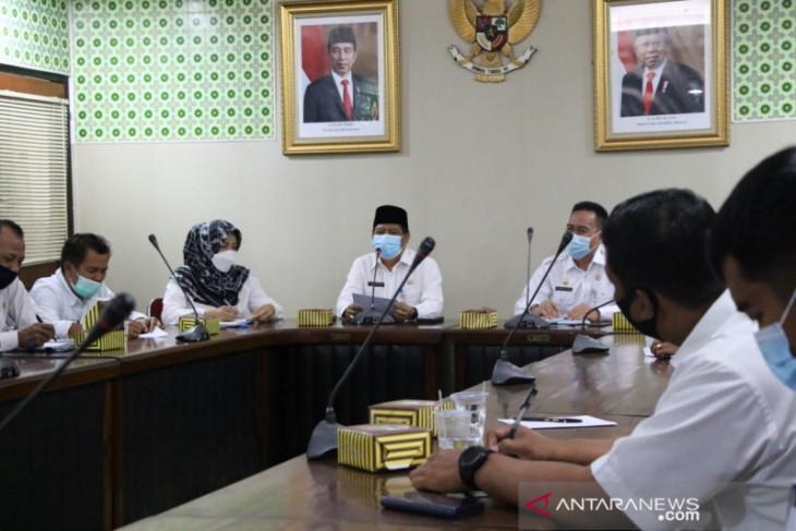 Bupati dan Wakil Bupati Serang besok resmi dilantik