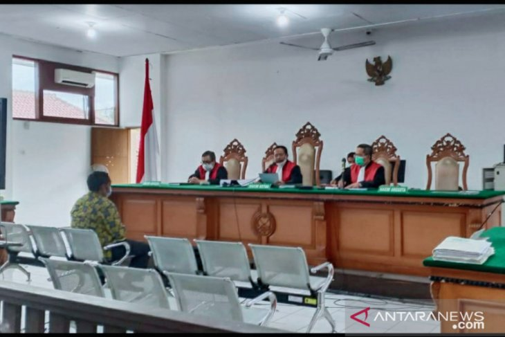 Yogie Patriana, Dirut PDAM Karawang dituntut empat tahun penjara