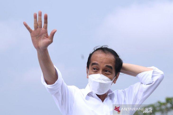 Presiden Jokowi ungkap syarat agar pertumbuhan ekonomi RI melebihi prediksi