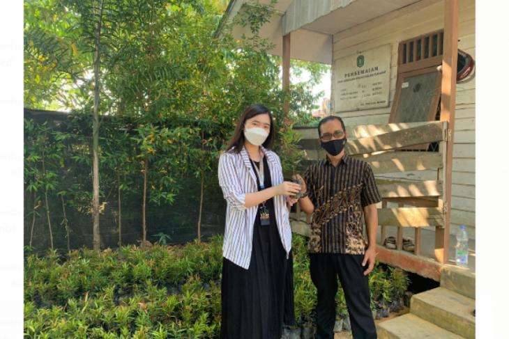 GAIA Bumi Raya City serahkan 1000 bibit pohon ke Pemprov Kalbar