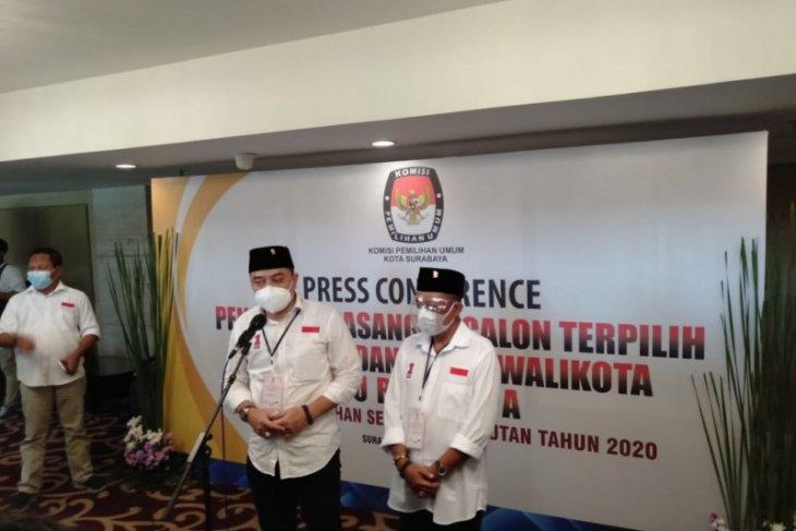 Warga menanti program beasiswa wali kota Surabaya terpilih