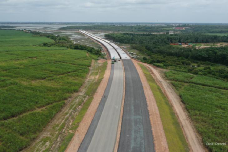 Pembangunan jalan tol di Jambi dalam proses pengukuran tanah