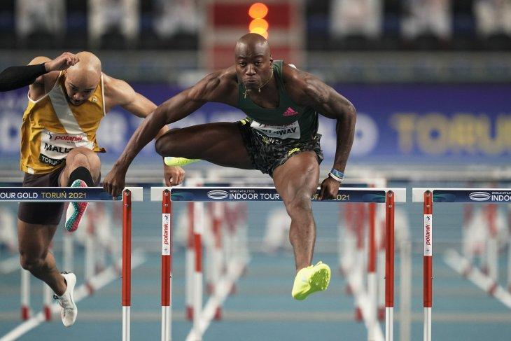 Atletik, Holloway pecahkan rekor dunia 60 m lari gawang putra