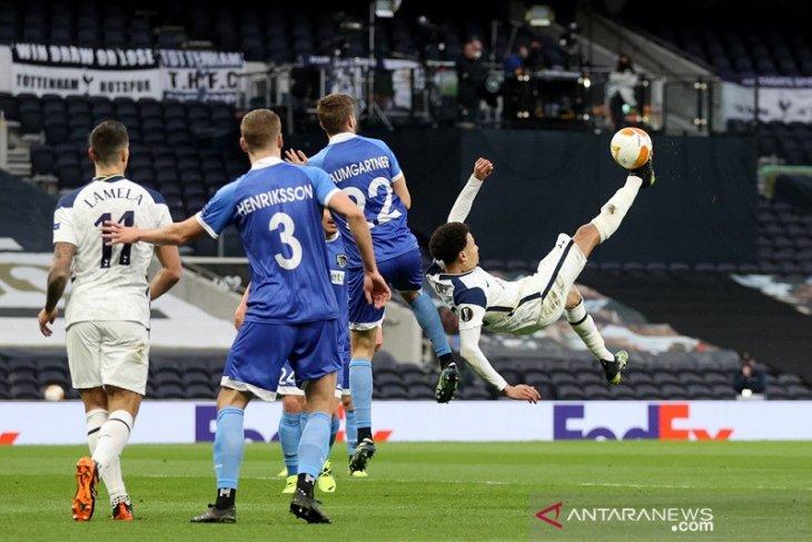 Tottenham melenggang mulus ke 16 besar Liga Europa