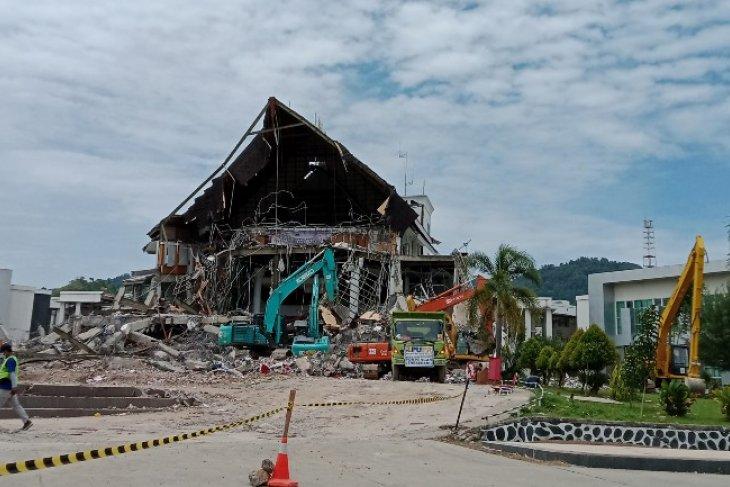 Baktimed, European body donate Rp60 mln for quake victims