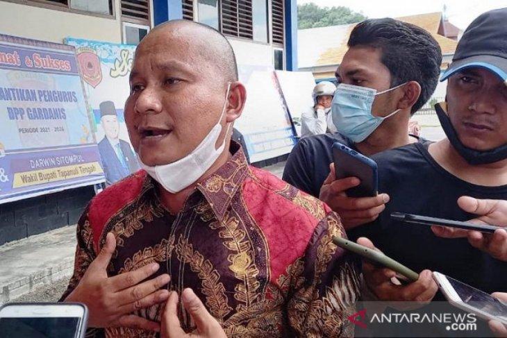 Rahmansyah Sibarani: 700 nelayan Tapteng dapat bantuan asuransi dari Provsu