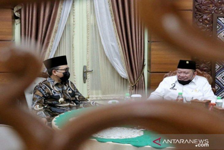 Ketua DPD RI sampaikan pentingnya kekuatan ekonomi daerah