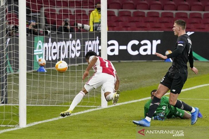 Hasil Liga Europa, Ajax Rangers dan Villarreal mantapkan agregat
