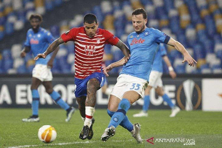 Napoli gagal balikkan agregat meski menangi leg kedua  lawan Granada