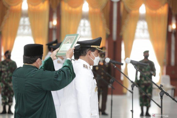 Zairulllah-Rusli  dilantik jadi Bupati dan Wakil Bupati Tanah Bumbu periode 2021- 2024