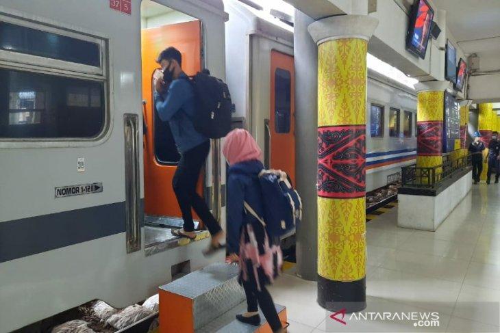 Jumlah penumpang kereta api Sumut pada Januari lampaui target