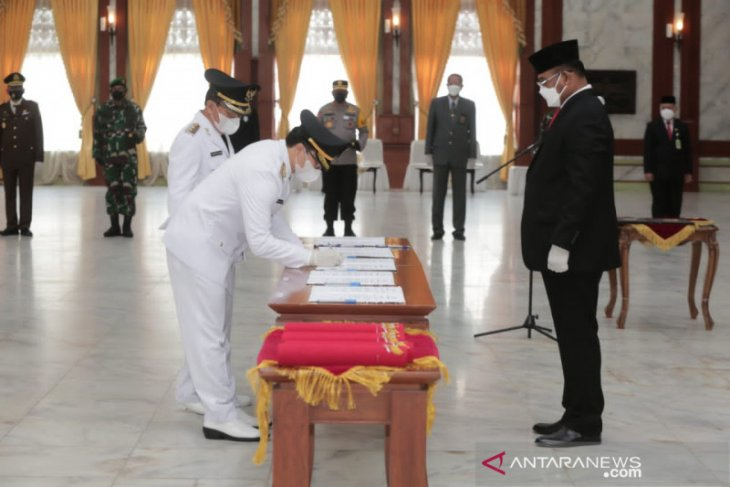 Pembenahan penanganan pascabanjir HST menjadi fokus utama Bupati Aulia usai dilantik