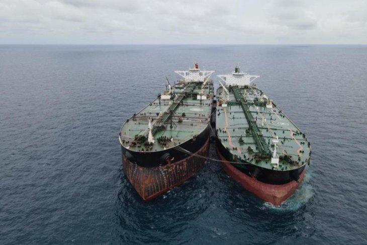 Menkopolhukam Mahfud MG minta usut tuntas dua super tanker Iran dan Panama
