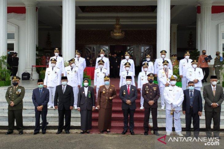 Sebanyak tujuh bupati dan wakil bupati terpilih di Bengkulu dilantik