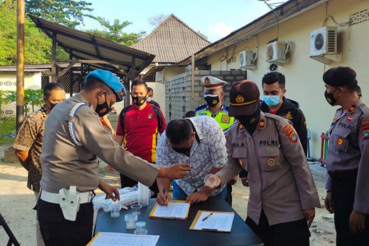 Propam Polda Bangka Belitung tes urine ratusan polisi Bangka