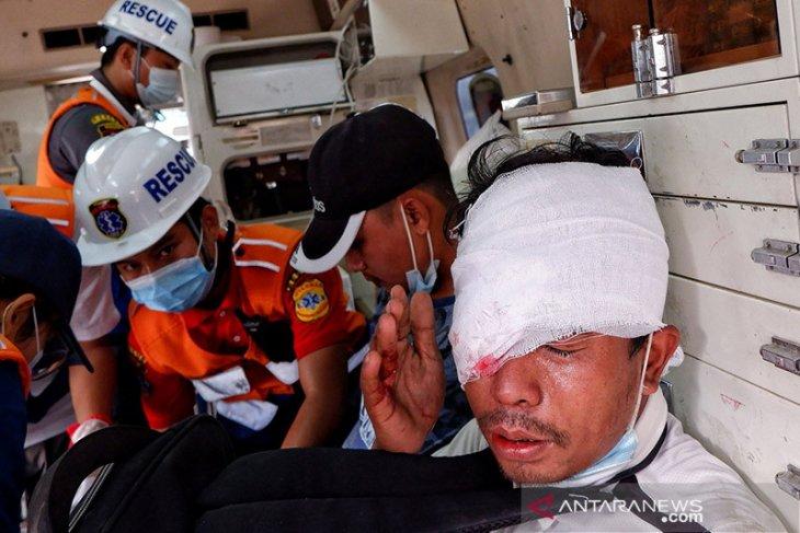 Lima orang tewas ditembak saat protes di Myanmar