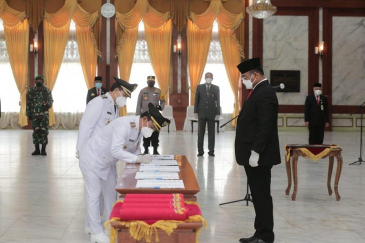 Bupati dan Wabup Balangan resmi dilantik