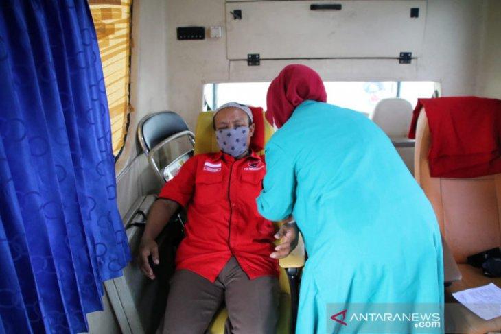 Bantu kebutuhan stok di PMI, PDI-P Kota Tangerang gelar donor darah