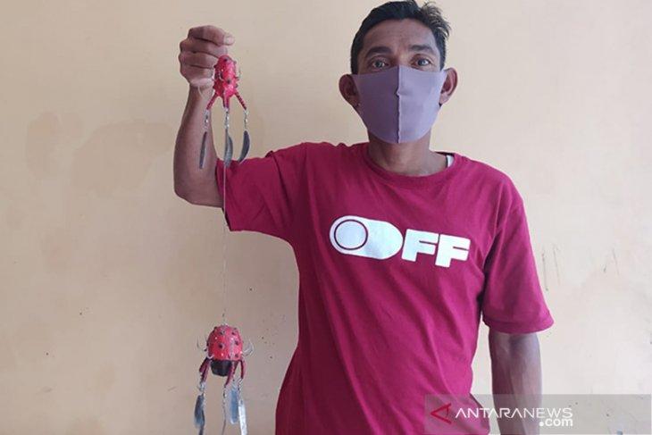 Nelayan Kaur Bengkulu ciptakan alat sederhana menangkap gurita