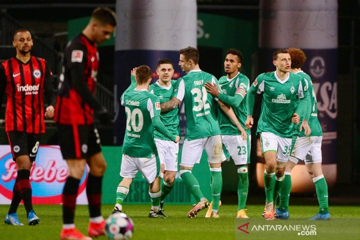 Kemenangan beruntun Frankfurt berakhir di kandang Bremen