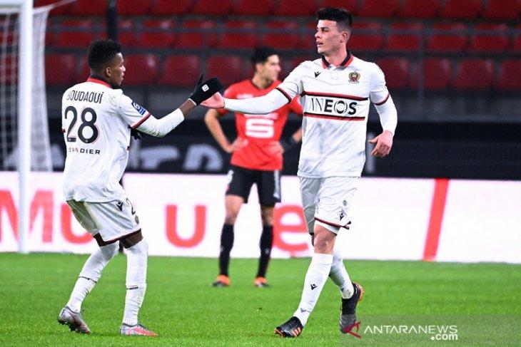 Nice  taklukkan Rennes 2-1
