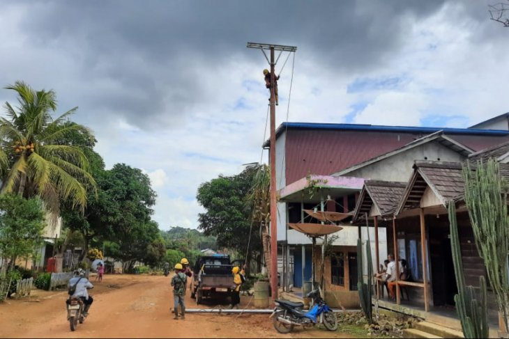 PLN listriki 16 ribu KK di wilayah 3T Provinsi Kalbar