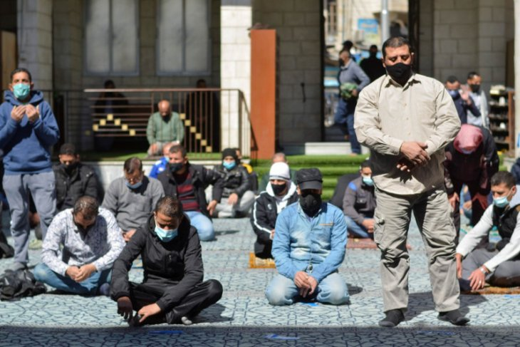 Berpesta di restoran, dua menteri Yordania dipecat