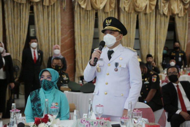 Eri Cahyadi lanjutkan perjuangan Risma pimpin Kota Surabaya