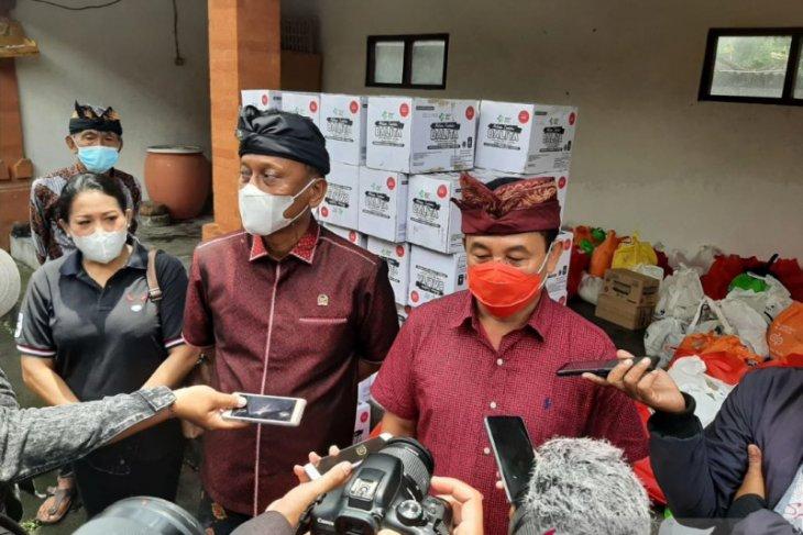 Sehari setelah dilantik, Bupati Karangasem sambangi Banjar MageteLu - Desa Tista Abang