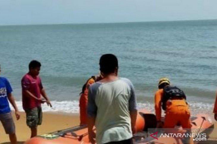 Tim gabungan Bangka Barat belum temukan nelayan hilang