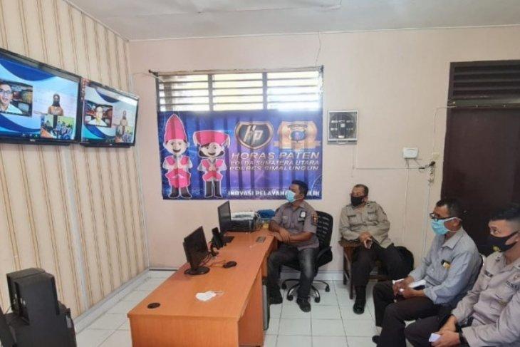 Dirut LKBN Antara narasumber pelatihan publik speaking Polres Simalungun