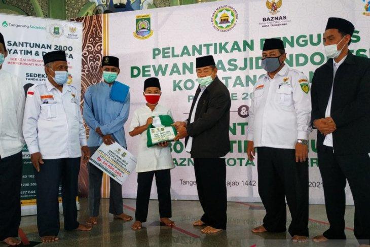 Baznas Tangerang bagi 4.200 buku Iqro, santuni 2.800 anak yatim