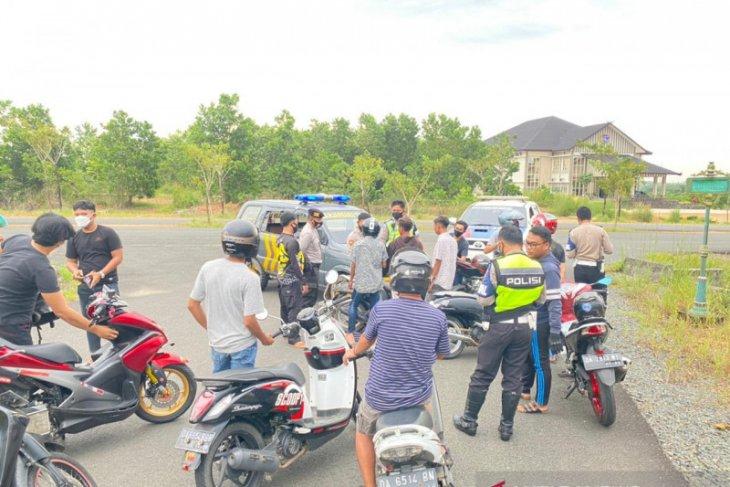 Satlantas Banjarbaru amankan belasan motor pebalap liar